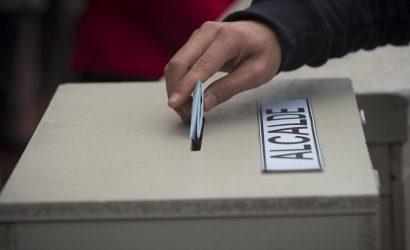 Casi un centenar de alcaldes no podrá respostular tras despacho de límite a reelección: En la provincia, el alcalde de Padre Hurtado no podrá ir a la reelección.